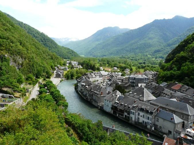 Saint-Béat_village_(1)